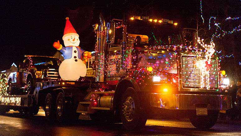 Totem Towing in the Christmas parade