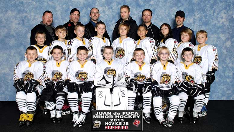 Totem Towing sponsors Juan de Fuca minor hockey